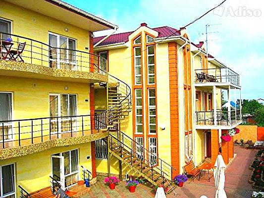 Мини-отель  посуточно в Затоке. ул. Лиманская, 231. Фото 1