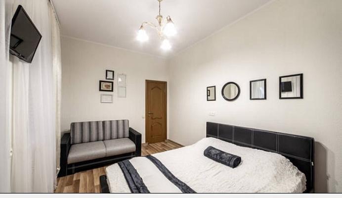 1-комнатная квартира посуточно в Львове. Галицкий район, ул. Армянская, 20. Фото 1