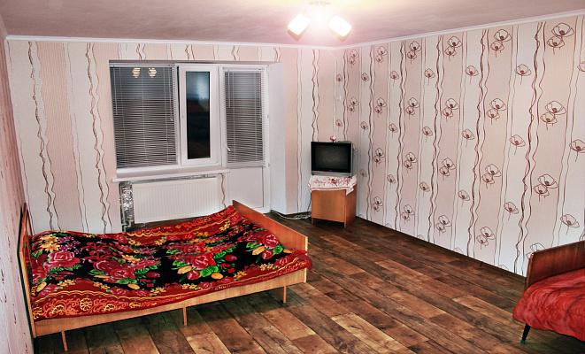 1-комнатная квартира посуточно в Скадовске. ул. Свободы, 3А. Фото 1