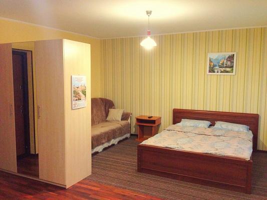 1-комнатная квартира посуточно в Буче. ул. Чкалова, 4-В. Фото 1