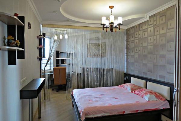 2-комнатная квартира посуточно в Одессе. Приморский район, ул. Среднефонтанская, 19в. Фото 1