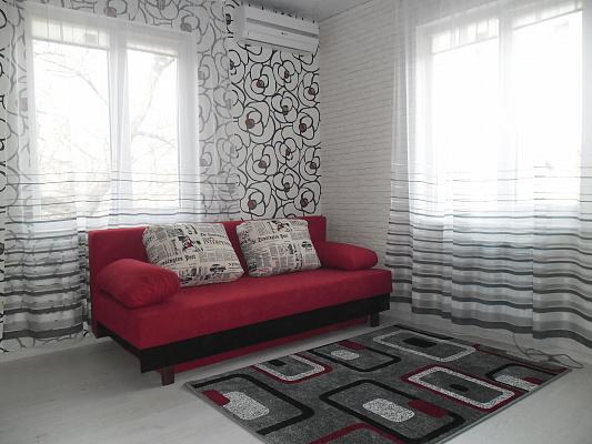 1-комнатная квартира посуточно в Одессе. Приморский район, пер. Вознесенский, 23. Фото 1