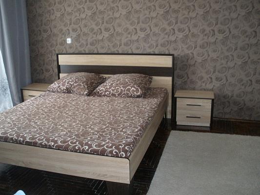 1-комнатная квартира посуточно в Ковеле. б-р Леси Украинки, 33. Фото 1