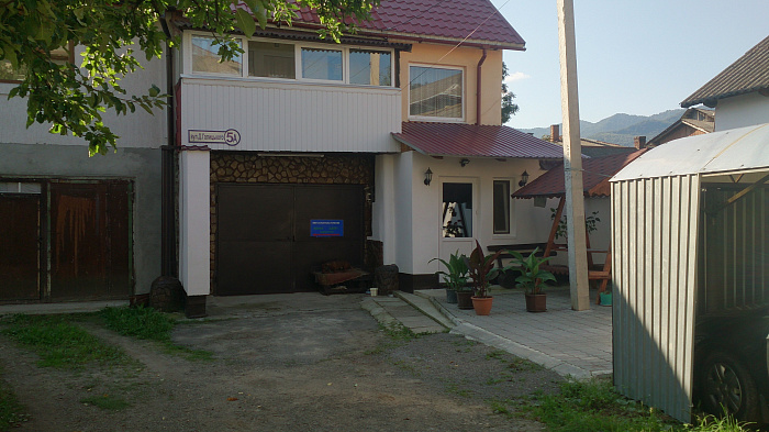 Дом  посуточно в Сколе. ул. Данила Галицкого, 5-А. Фото 1