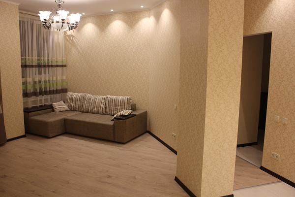 1-комнатная квартира посуточно в Одессе. Киевский район, ул. Макаренко, 2а. Фото 1