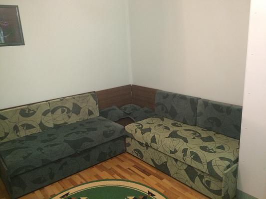 1-комнатная квартира посуточно в Рахове. ул. Шевченко, 136. Фото 1