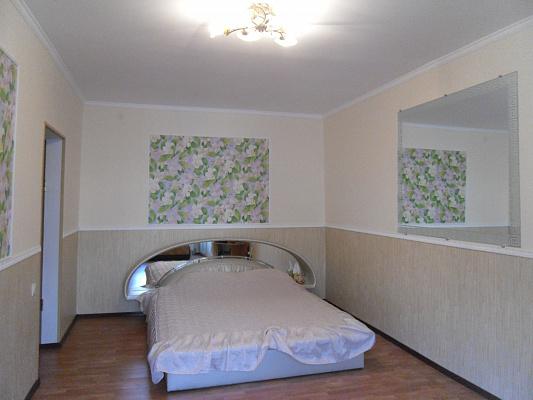 1-комнатная квартира посуточно в Симферополе. Железнодорожный район, ул. Александра Невского, 42. Фото 1