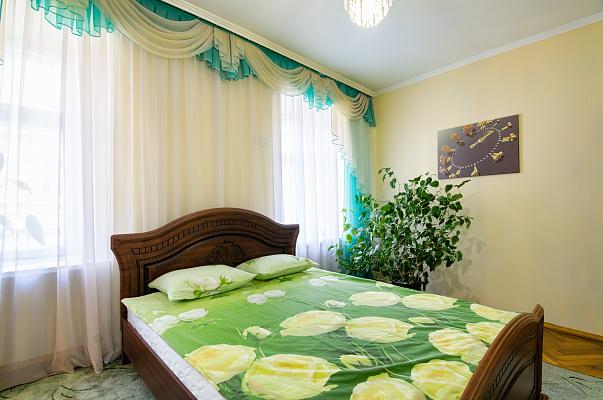 1-комнатная квартира посуточно в Львове. Галицкий район, ул. Руська, 3. Фото 1