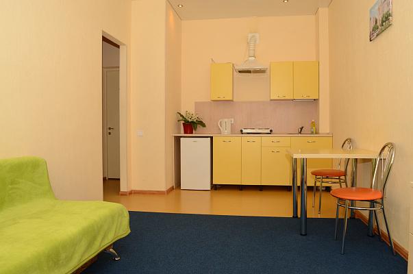 1-комнатная квартира посуточно в Одессе. Приморский район, ул. Генуэзская, 24. Фото 1