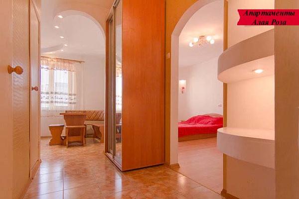 1-комнатная квартира посуточно в Одессе. ул. Архитекторская, 20. Фото 1