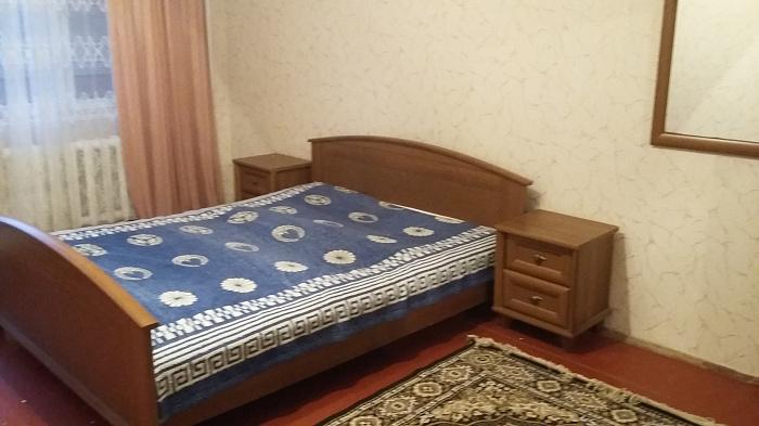 2-комнатная квартира посуточно в Украинке. ул. Сосновая, 4. Фото 1