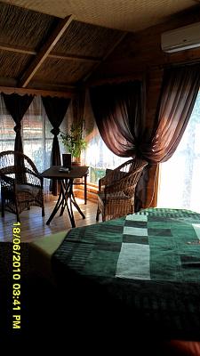 4-комнатная квартира посуточно в Одессе. Малиновский район, Кристаловского, 2-в. Фото 1