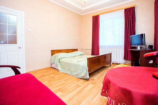 2-комнатная квартира посуточно в Одессе. Приморский район, ул. Успенская, 15. Фото 1