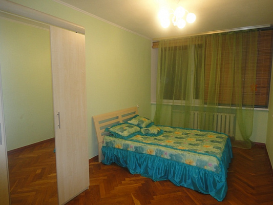 2-комнатная квартира посуточно в Киеве. Печерский район, б-р Л.Украинки, 24. Фото 1