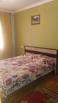 2-комнатная квартира посуточно в Тернополе. ул. Киевская, 7. Фото 1