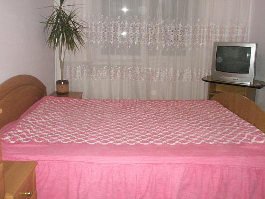 5-комнатная квартира посуточно в Тернополе. ул. Медовая, 3. Фото 1