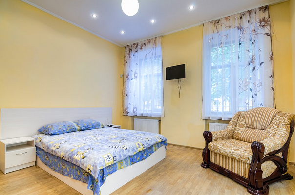 1-комнатная квартира посуточно в Львове. Галицкий район, ул. Наливайко, 3. Фото 1