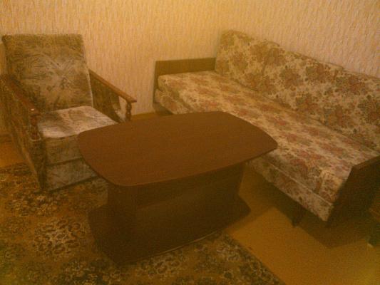 1-комнатная квартира посуточно в Прилуках. ул. Садовая, 123. Фото 1
