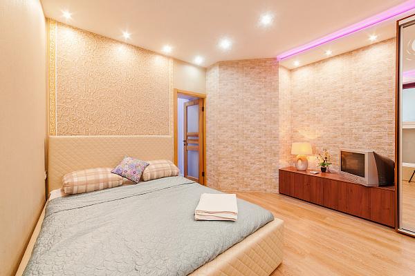 2-комнатная квартира посуточно в Одессе. Приморский район, ул. Екатерининская, 4. Фото 1