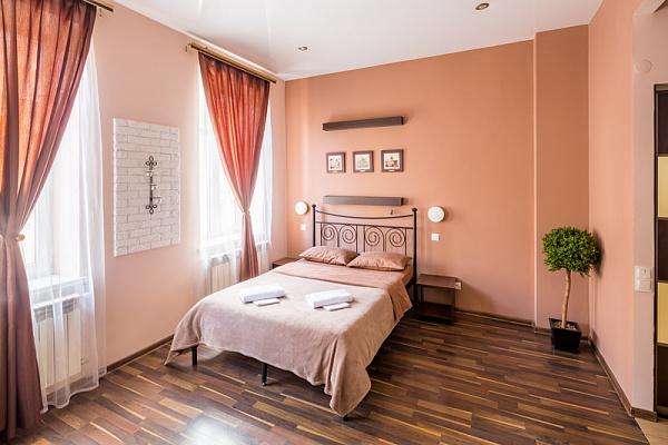 1-комнатная квартира посуточно в Львове. Галицкий район, ул. Леся Курбаса, 9. Фото 1