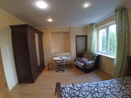 1-комнатная квартира посуточно в Трускавце. ул. Данилишиных, 32. Фото 1