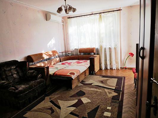 1-комнатная квартира посуточно в Одессе. Приморский район, пер. Светлый, 14. Фото 1