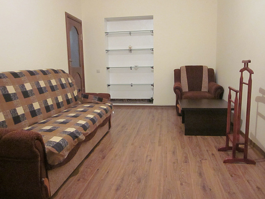 2-комнатная квартира посуточно в Львове. Галицкий район, ул. Академика Гнатюка, 17. Фото 1