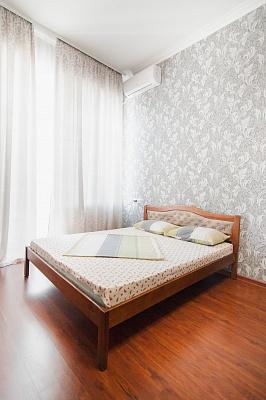 1-комнатная квартира посуточно в Одессе. Приморский район, пл. Соборная, 6. Фото 1