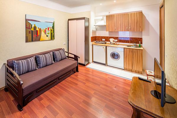 1-комнатная квартира посуточно в Львове. Галицкий район, ул. Староеврейская, 11. Фото 1