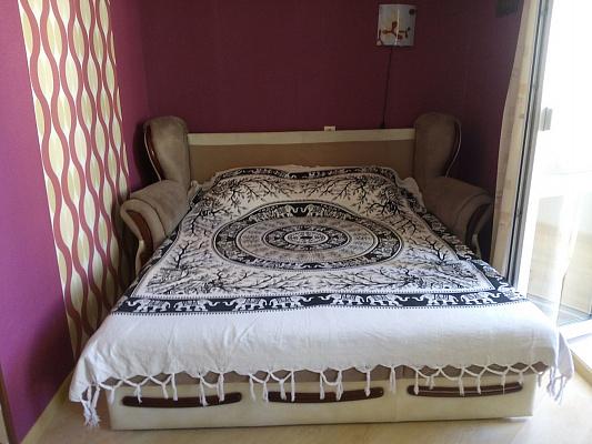 1-комнатная квартира посуточно в Севастополе. Гагаринский район, ул. Астана Кесаева, 14Б. Фото 1