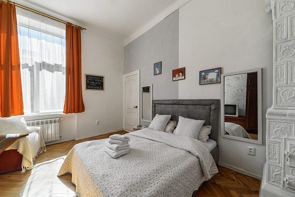 2-комнатная квартира посуточно в Львове. Лычаковский район, ул. Костя Левицкого, 15. Фото 1