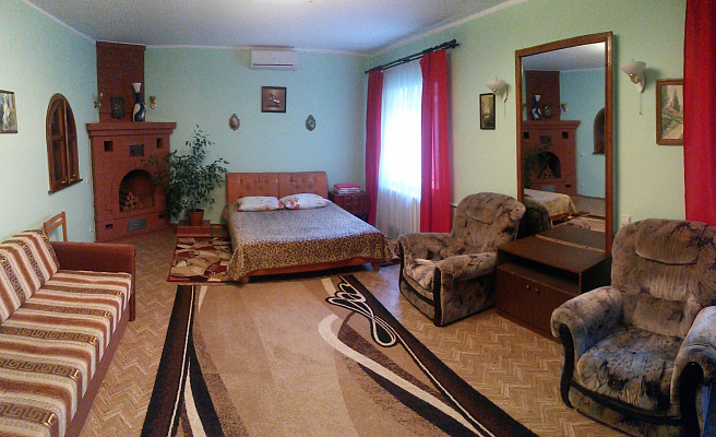 Дом  посуточно в Одессе. Суворовский район, ул. Степная, 51. Фото 1