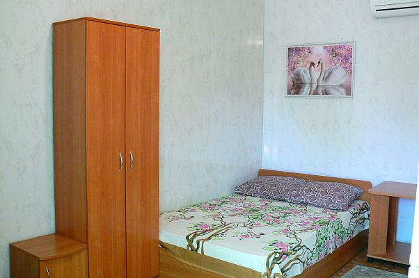 Мини-отель  посуточно в Кирилловке. ул. Мира, 3. Фото 1