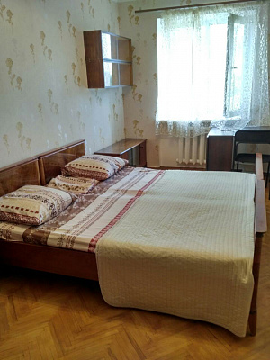 3-комнатная квартира посуточно в Одессе. Приморский район, пер. Светлый, 7. Фото 1