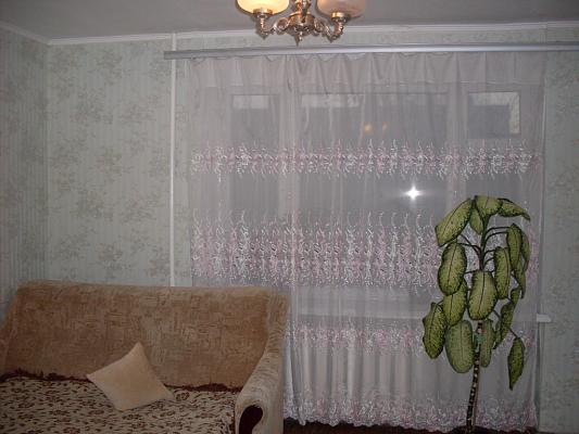 2-комнатная квартира посуточно в Луцке. ул. Соборности, 14а. Фото 1