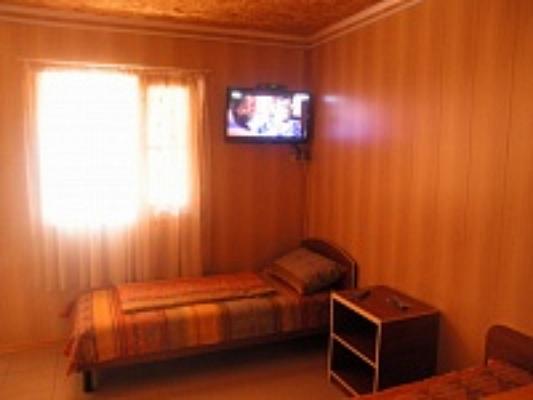 Дом  посуточно в Кирилловке. ул. Санаторная, 21. Фото 1