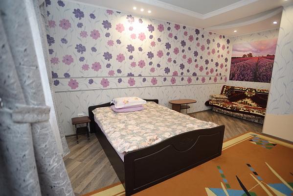 1-комнатная квартира посуточно в Моршине. ул. Привокзальная, 64. Фото 1