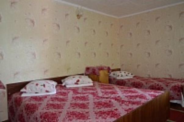 Комната  посуточно в Очакове. ул. Первомайская, 40. Фото 1