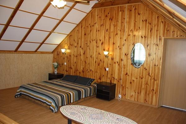 2-комнатная квартира посуточно в Санжейке. ул. Дальницкая, 42. Фото 1
