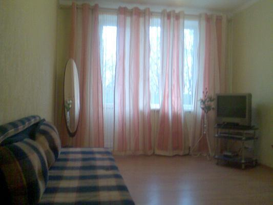 1-комнатная квартира посуточно в Харькове. Московский район, ул. Блюхера, 23. Фото 1