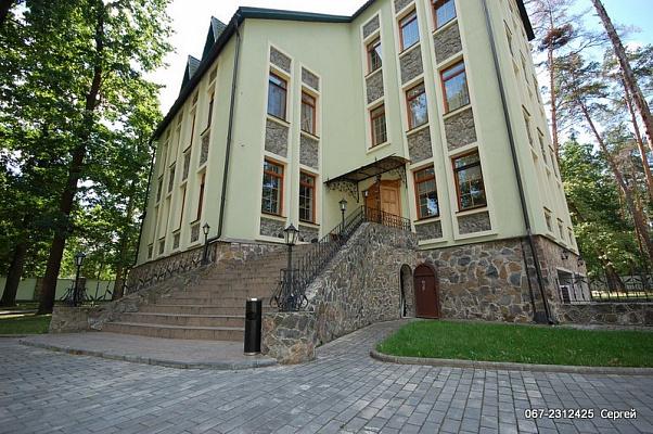Дом  посуточно в Киеве. м. Буча. Фото 1