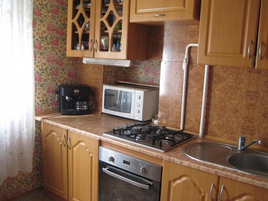 2-комнатная квартира посуточно в Донецке. ул.Независимости, 12. Фото 1