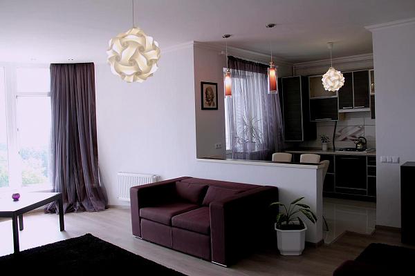 1-комнатная квартира посуточно в Сумах. Заречный район, ул. Гагарина, 20. Фото 1