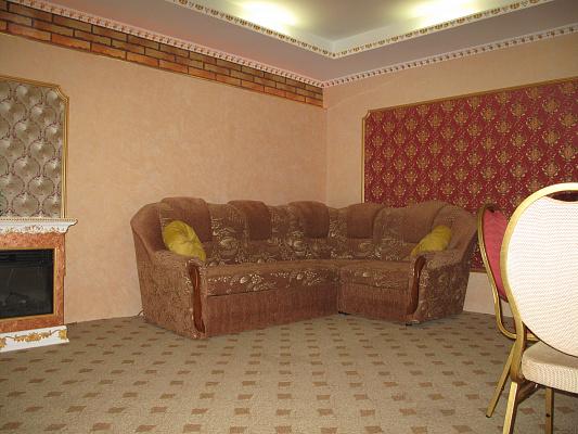 1-комнатная квартира посуточно в Керчи. ул. Пролетарская, 36. Фото 1