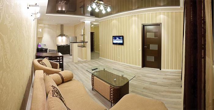 2-комнатная квартира посуточно в Киеве. Дарницкий район, ул. Александра Мишуги, 12. Фото 1