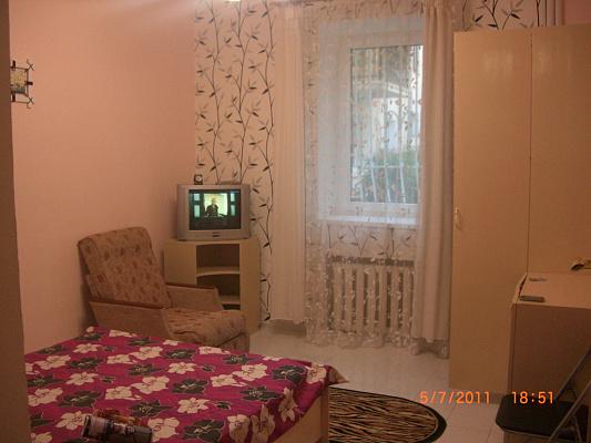 1-комнатная квартира посуточно в Ялте. Центр Ялты район, ул. Свердлова, 8. Фото 1