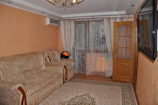 2-комнатная квартира посуточно в Партените. ул. Солнечная, 6. Фото 1
