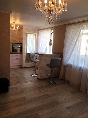 1-комнатная квартира посуточно в Полтаве. Киевский район, ул. Шевченко, 75. Фото 1