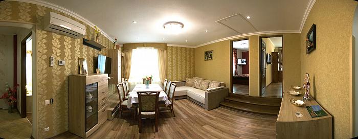 4-комнатная квартира посуточно в Трускавце. ул. Уляны Кравченко, 1в. Фото 1