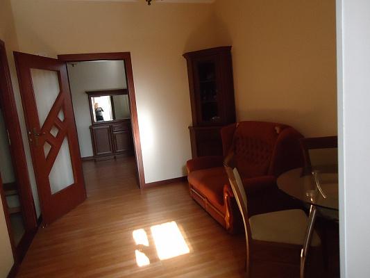 2-комнатная квартира посуточно в Евпатории. пр-т Ленина, 54. Фото 1